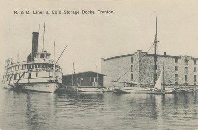 R. & O. Liner at Cold Storage Docks, Trenton