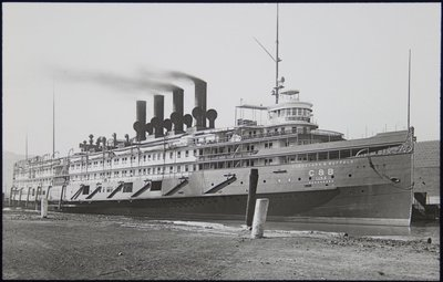 Ohio. Cleveland. Steamer of the Cleveland and Buffalo line (August 1919)