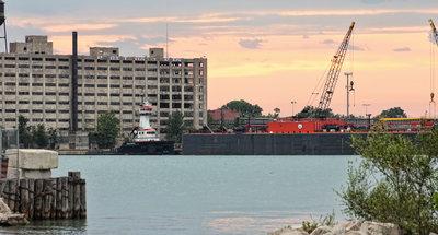 Tugboat Huron Service at the Detroit Port Authority Terminal