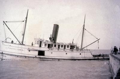 Tug PROTECTOR departing Kincardine Harbour.