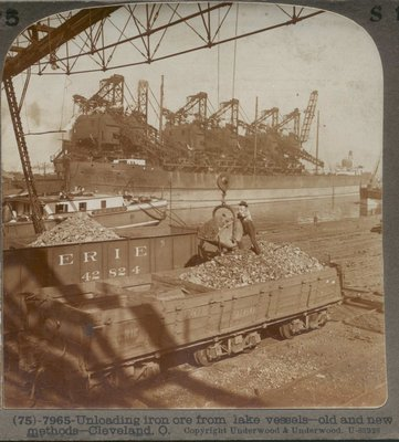 Unloading iron ore from lake vessels -- old and new methods -- Cleveland, O.