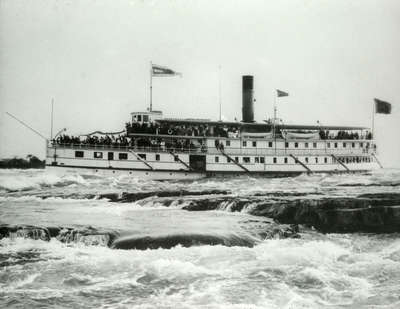 """Steamer """"Brockville"""" in Lachine Rapids, St. Lawrence River, near Montreal"""