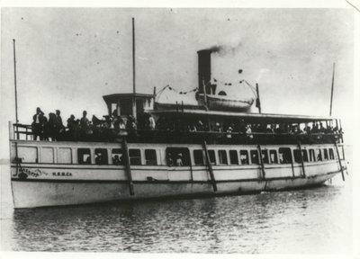 The steamer MAZEPPA