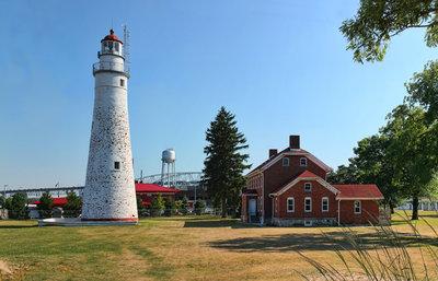 Fort Gratiot Light and Keeper's Cottage