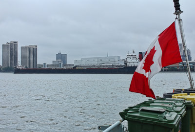 Canadian Enterprise passing astern of the HMCS Summerside
