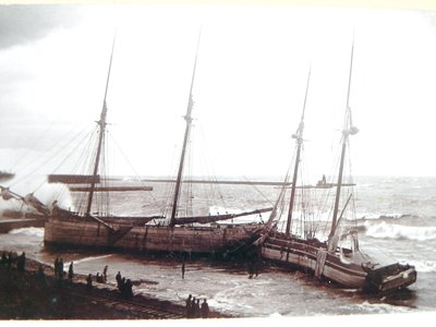 DANIEL G. FORT and BALTIC at Oswego, 27 Nov 1894