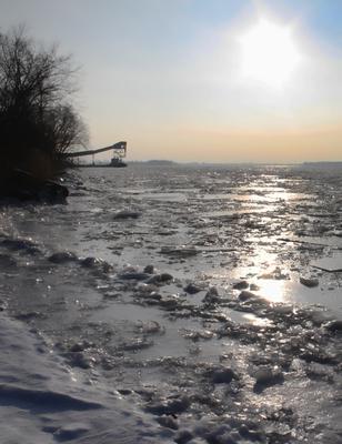 Windsor Salt Mines dock - closed by ice