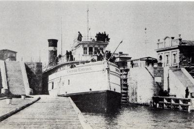 United Empire at Soo Lock