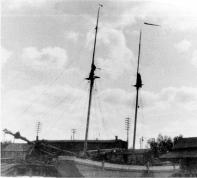 TENNIE AND LAURA Shipwreck (Scow Schooner):National Register of Historic Places