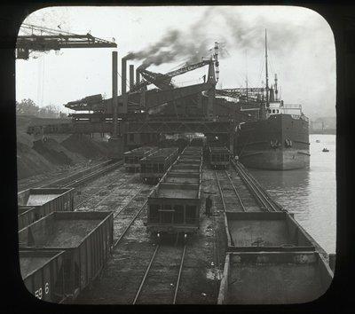 Great Hoists, Hughlett & Brown Electric at Work Unloading Vessels, Conneaut, Ohio, U.S.A.
