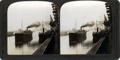 Harbor of Fort William -- Steamer Huronic leaving for Detroit -- Ontario Canada