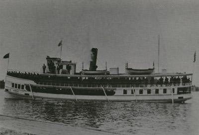 Steamboat RIVERSIDE