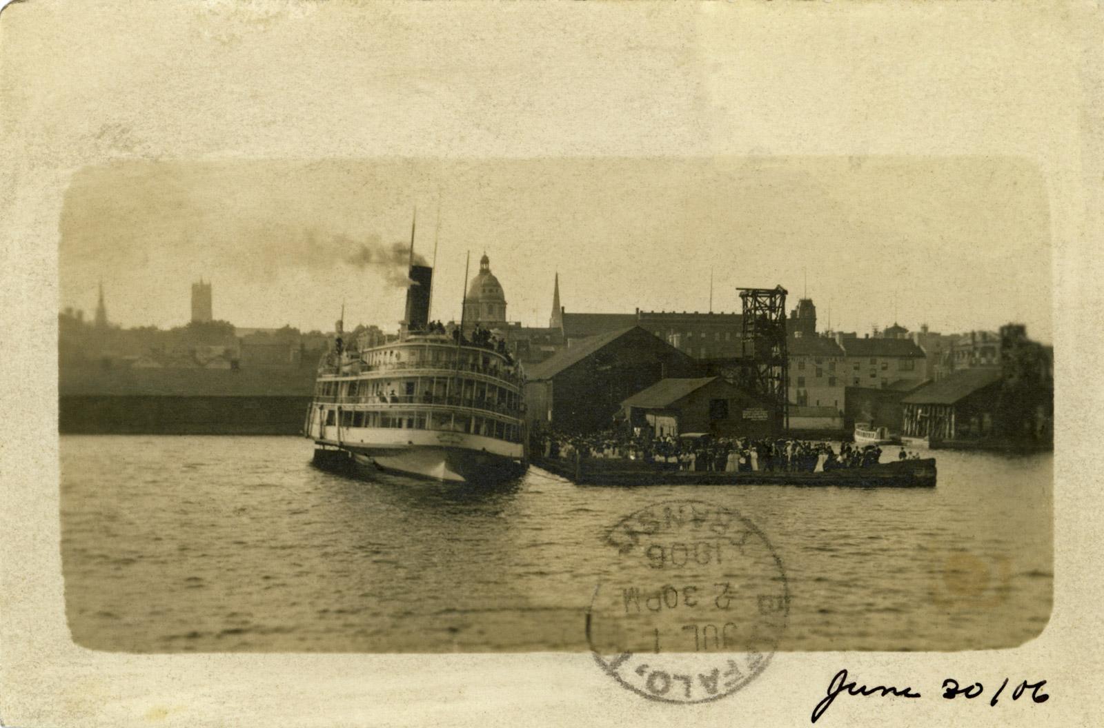Steamboat KINGSTON at Kingston