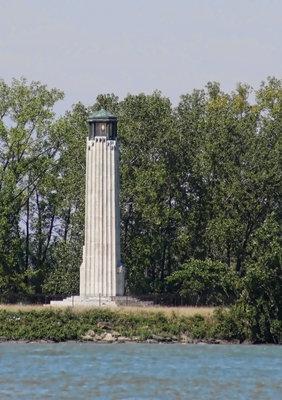William H. Livingstone Memorial Light, Belle Isle MI