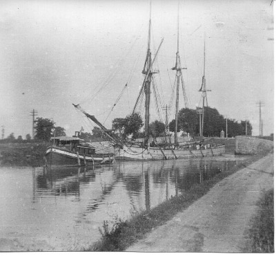 A. D. CROSS towing the schooner ST. LOUIS in the Welland Canal