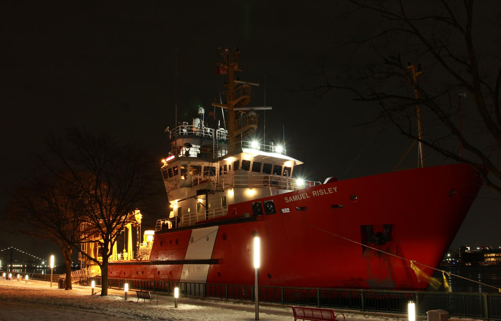 Operation Coal Shovel(Winter 2021) with CCGS Griffon and CCGS Samuel Risley